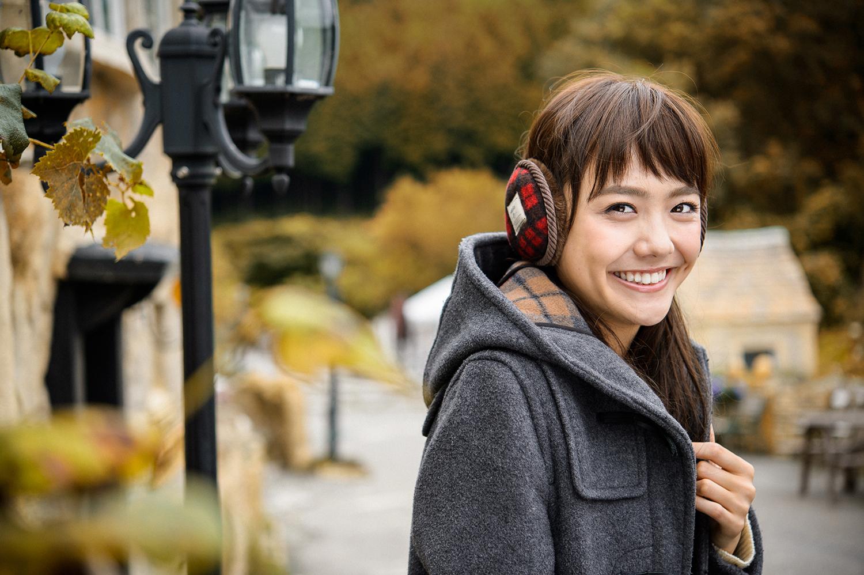 にっこりと微笑む松井愛莉